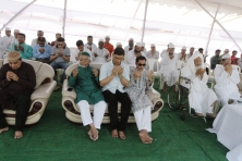 sayem_sobhan_anvir_laid_the_foundation_stone_of_countrys_largest_mosque_to_be_built_at_bashundhara_01