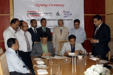 sayem-sobhan-anvir-the-managing-director-of-bashundhara-group-and-toma-group-signed-the-agreement_3